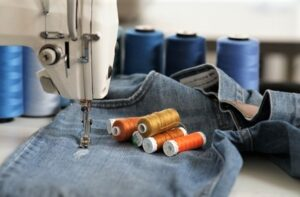 maquina-coser-jeans